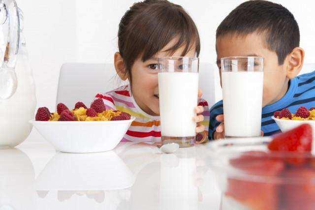 Alasan Susu dan Asupan Tinggi Protein Wajib Dikonsumsi Sejak Dini