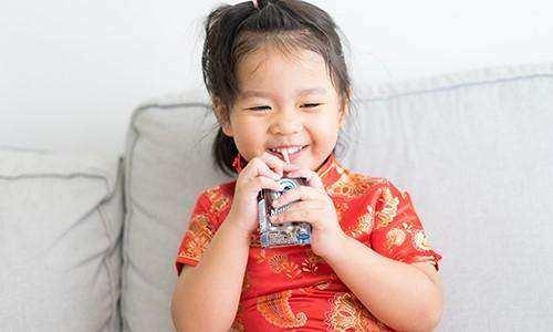 Amankah Kandungan Susu Frisian Flag untuk Anak?