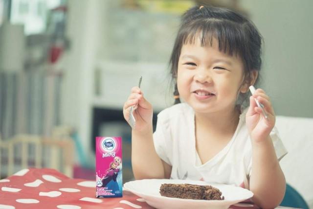 Apakah Ada Batas Usia untuk Anak Minum Susu Pertumbuhan?