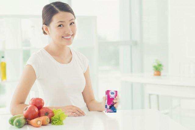 Apakah Minum Susu Anak Berpengaruh pada Kesehatan Orang Dewasa?