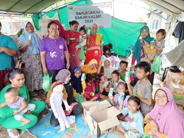FFI Salurkan lebih dari 175 ribu produk susu UHT FRISIAN FLAG® di Sulawesi, Kalimantan Selatan, dan Jawa Barat