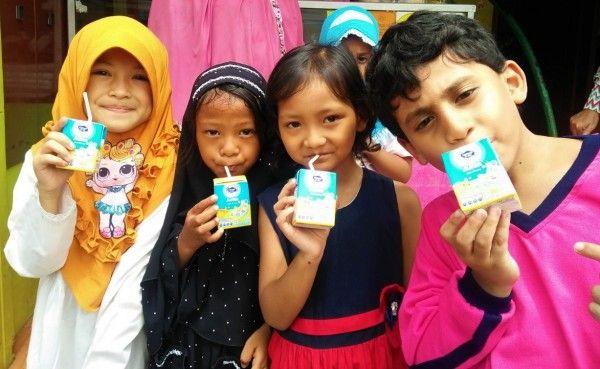 Frisian Flag Indonesia Donasikan Produk Susu Siap Minum Junio Untuk Membantu Mencukupi Nutrisi Anak Indonesia