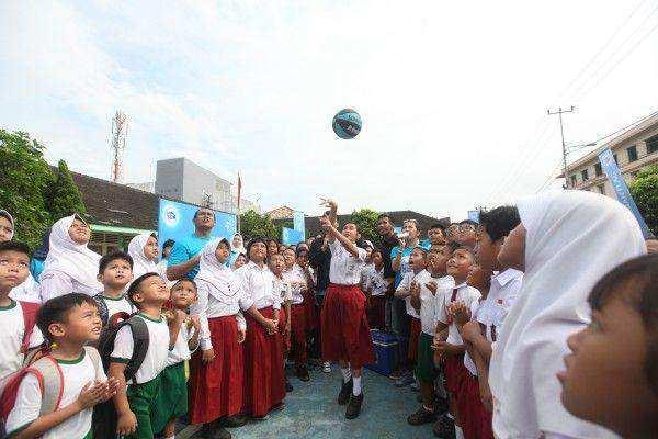 Rayakan Hari Susu Sedunia, 6000 Siswa Nikmati Fasilitas Olahraga Baru dari Frisian Flag Indonesia