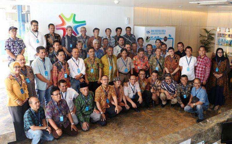 Frisian Flag Indonesia Dorong Peternak & Koperasi  Untuk Meningkatkan Kualitas Susu Segar