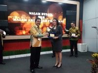 Program Farmer2Farmer FFI Raih PR Excellent Award 2017
