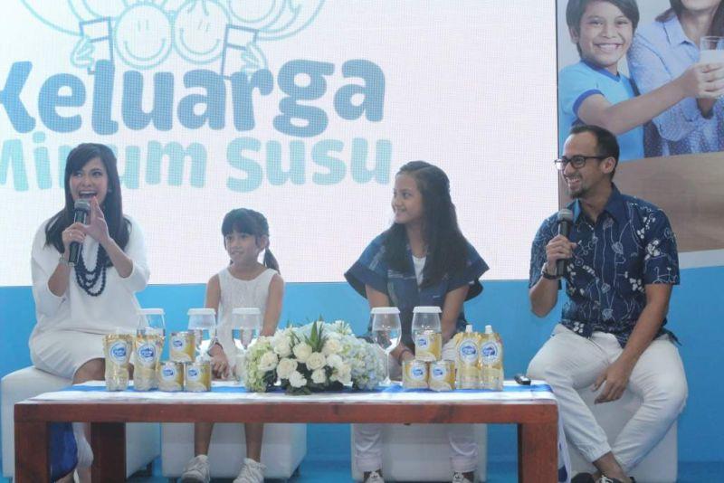 Frisian Flag Edukasi Keluarga Indonesia Lewat Kampanye 'Saatnya Keluarga Minum Susu Sekarang!'