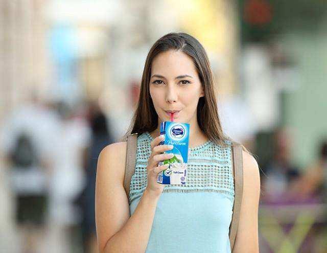 Ini Pentingnya Minum Susu bagi Dewasa Muda!