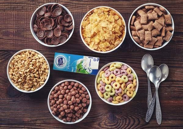 Manfaat Sereal, Susu Sapi, dan Buah sebagai Menu Sarapan