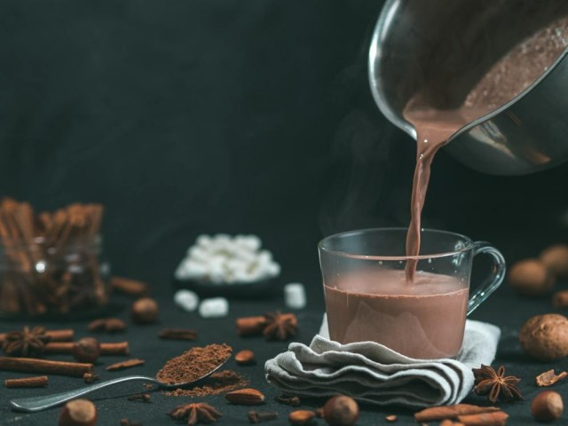 4 Resep Coklat Panas Lezat yang Praktis