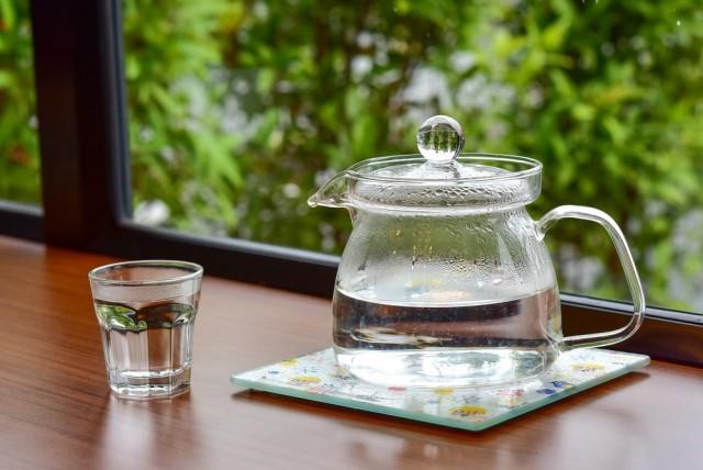 Kenali Fakta dan Mitos tentang Manfaat Air Putih Hangat