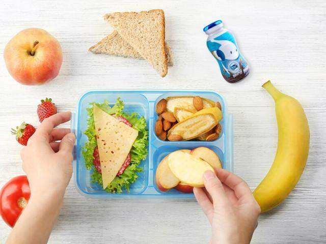 Susu sebagai tambahan makan siang anak