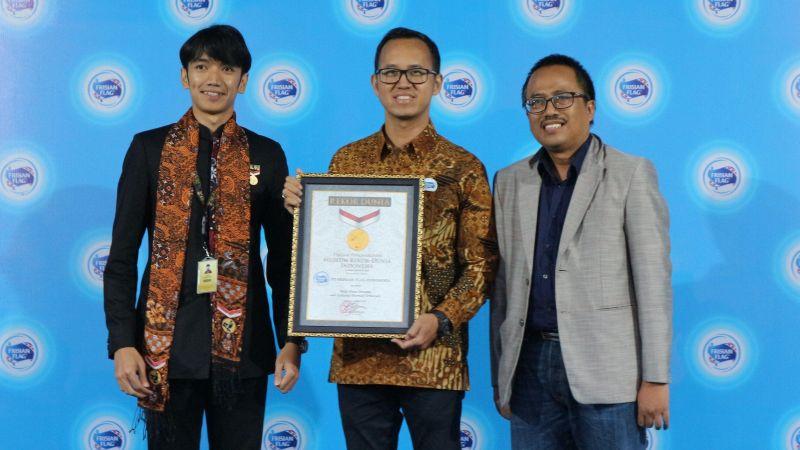 Frisian Flag Indonesia Raih Rekor MURI Buka Puasa Bersama 5.000 Peternak