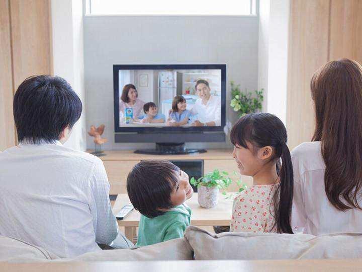 5 Kegiatan Weekend Ini Seru Dilakukan Bersama Keluarga di Rumah