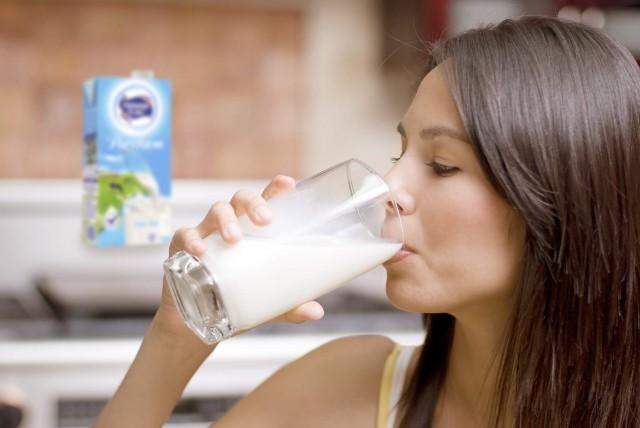 Ayo cari tahu manfaat yodium untuk tubuh dari segelas susu
