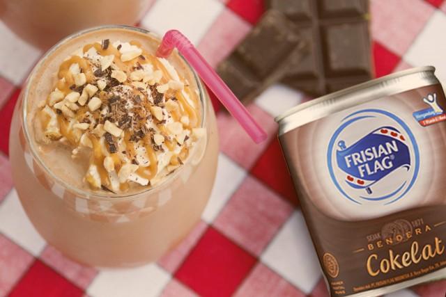 Segarkan Hari dengan 3 Kreasi Es Susu Cokelat Nikmat