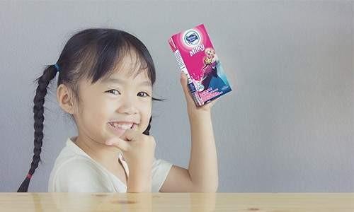 Secangkir Susu untuk Anak yang Sulit Tidur