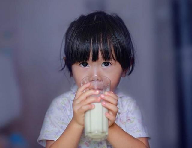 Tahukah Anda Manfaat Minum Susu Sebelum Tidur?